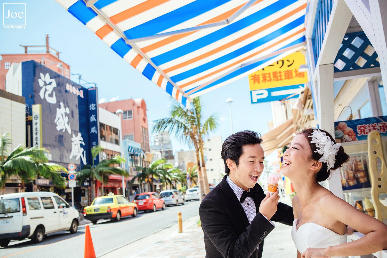 07-okinawa-kokusai-dori-pre-wedding-melody-amigo-joe-fotography.jpg