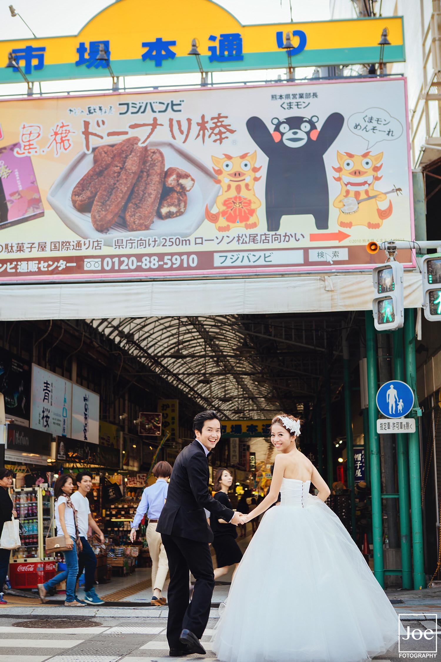 09-okinawa-kokusai-dori-pre-wedding-melody-amigo-joe-fotography.jpg