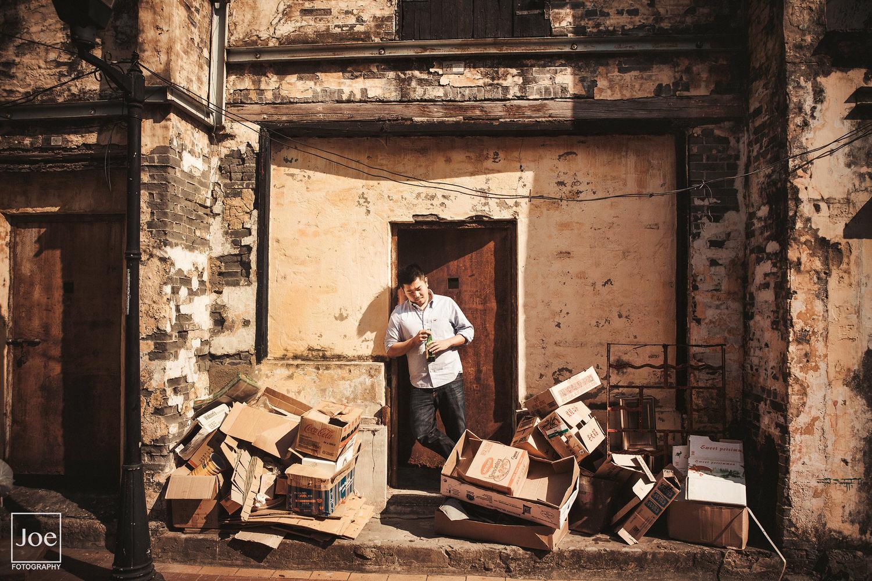 這是Danny指定場景,他說這些紙箱和光影亂的有fu...