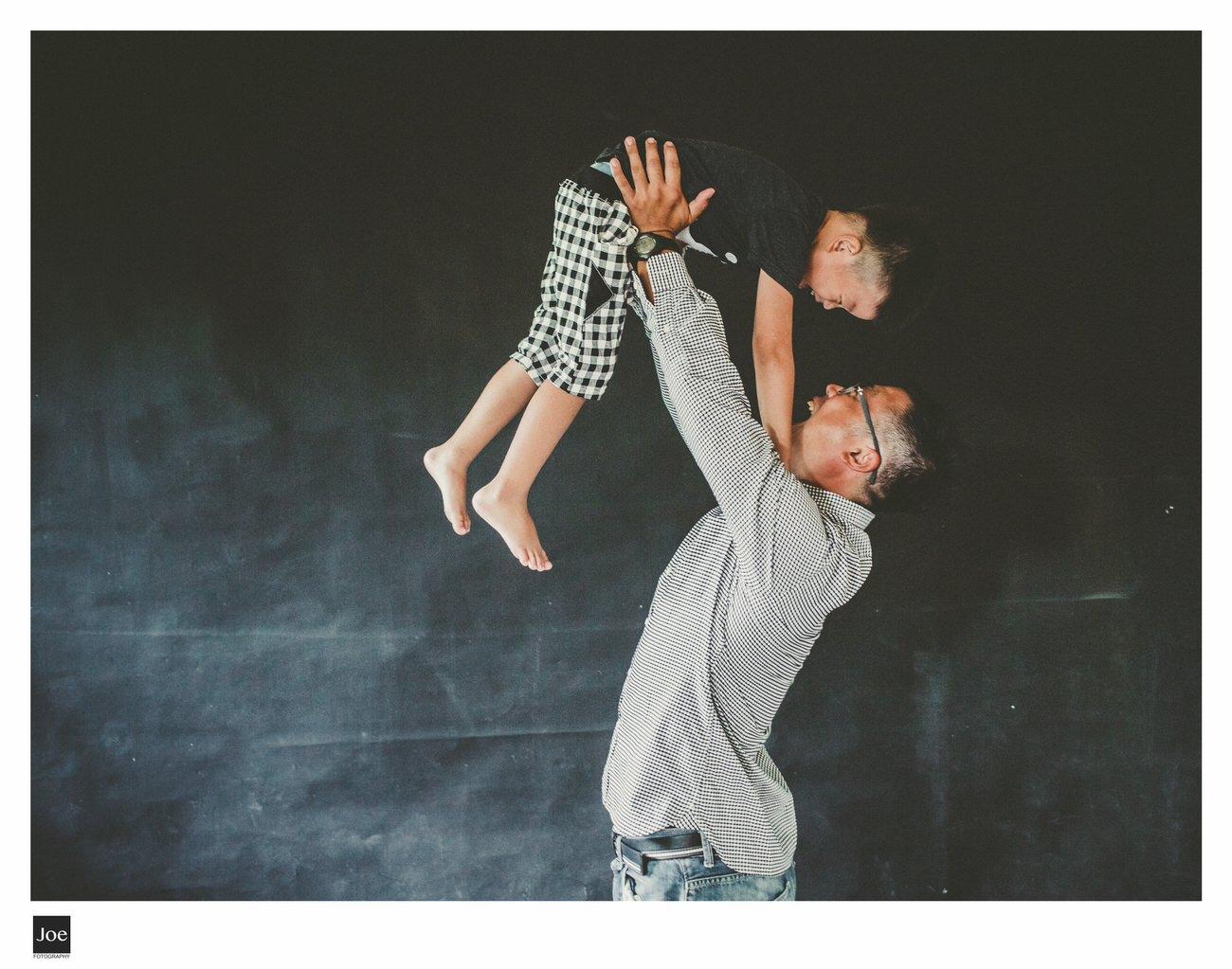 joe-fotography-family-photo-pepper-salt-bowtie-007.jpg