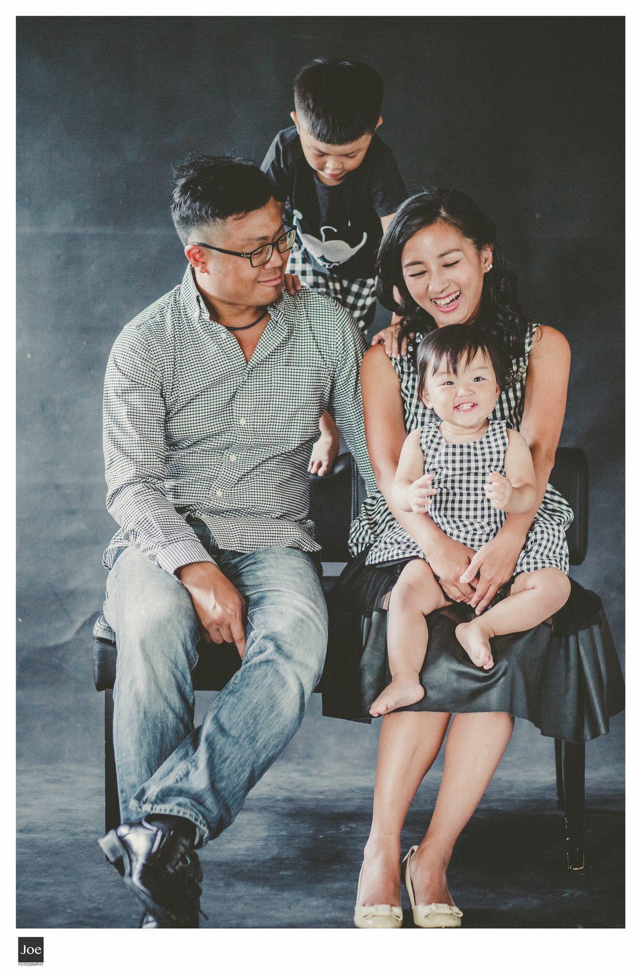 joe-fotography-family-photo-pepper-salt-bowtie-017.jpg
