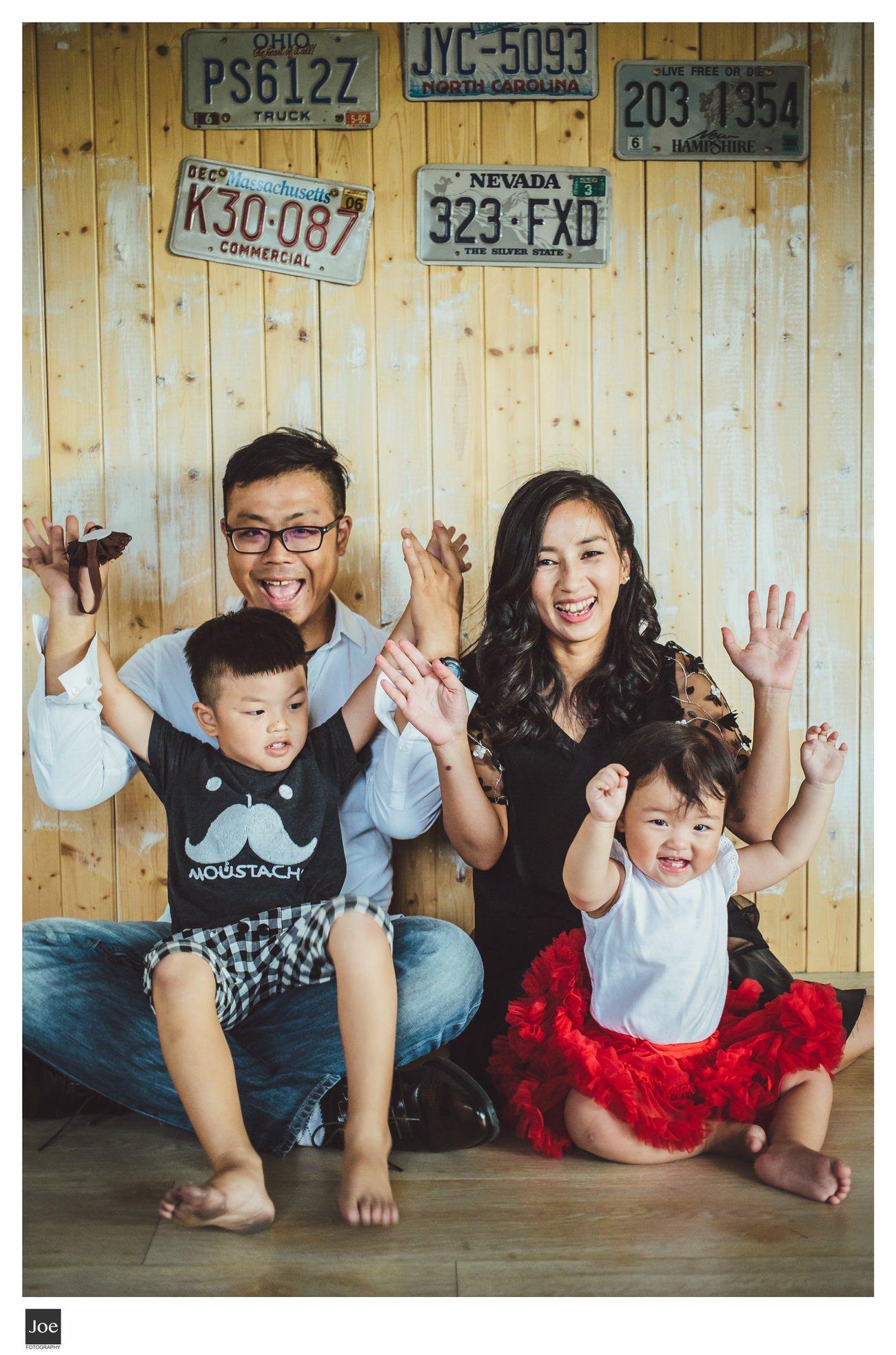 joe-fotography-family-photo-pepper-salt-bowtie-032.jpg