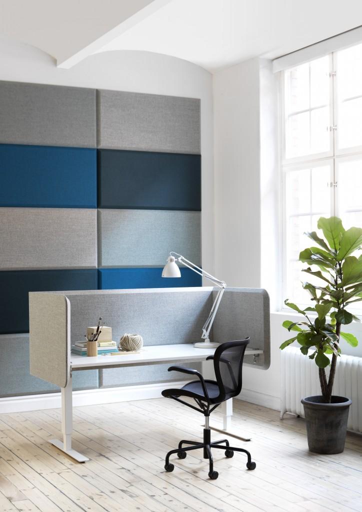 Abstracta-desk02-724x1024.jpg