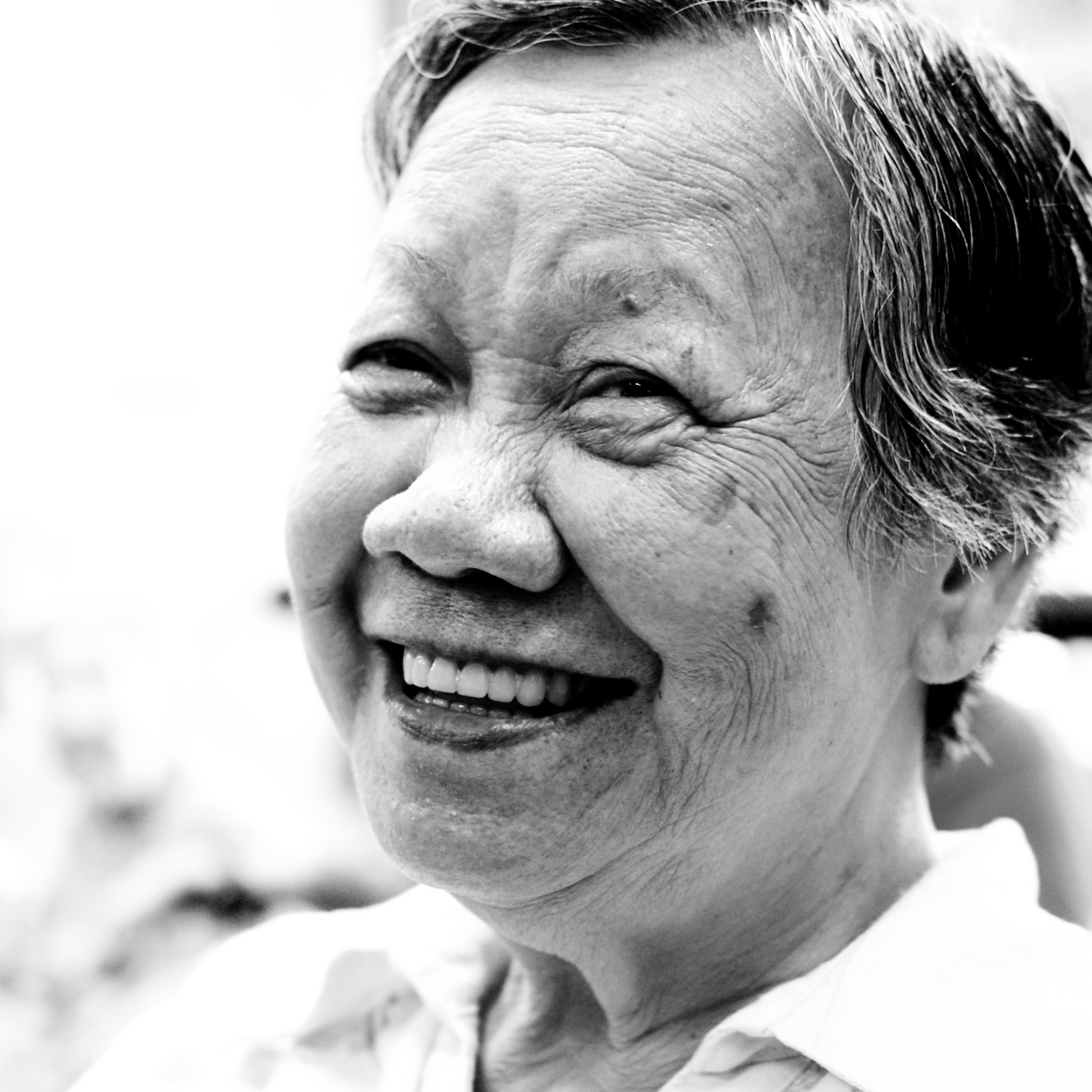 Senior woman smiling (photo by Fechi Fajardo)