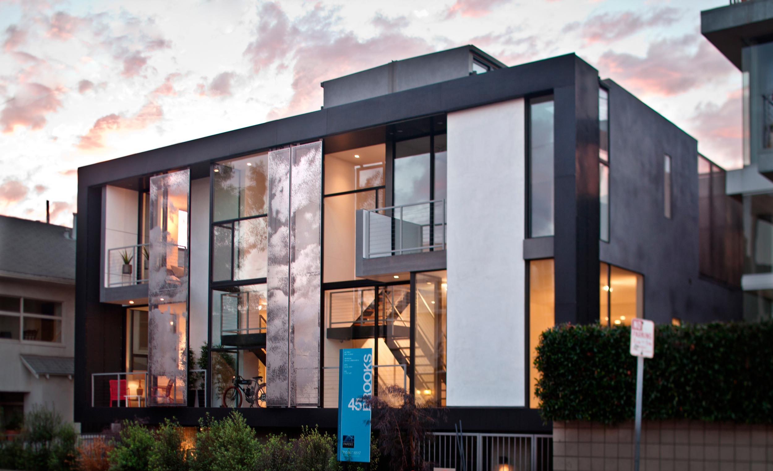 43/45 Brooks Ave   ., Venice, CA, collaboration with Brooks + Scarpa Architects
