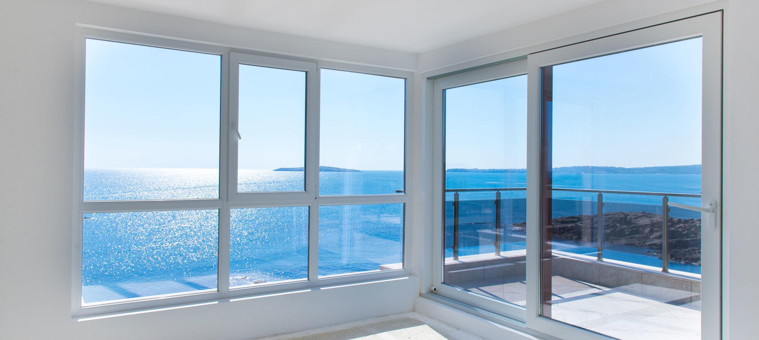 Aruba Windows and Doors