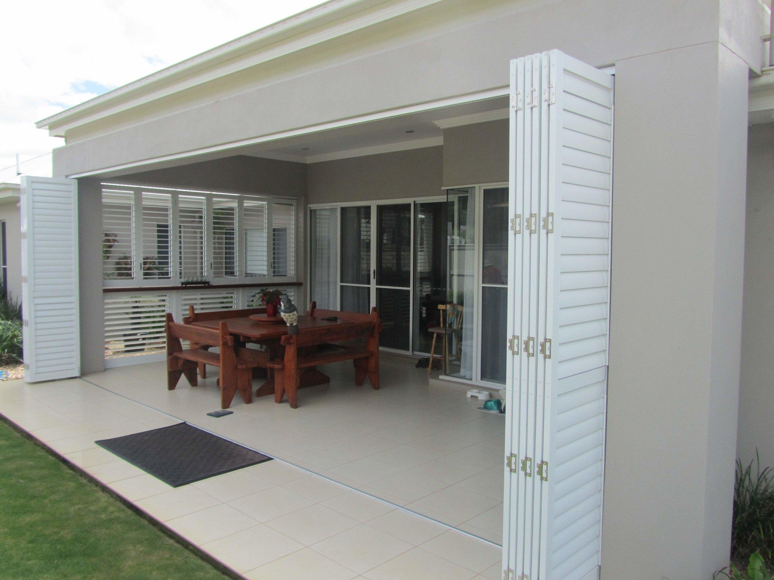 Harmonica porch.jpg