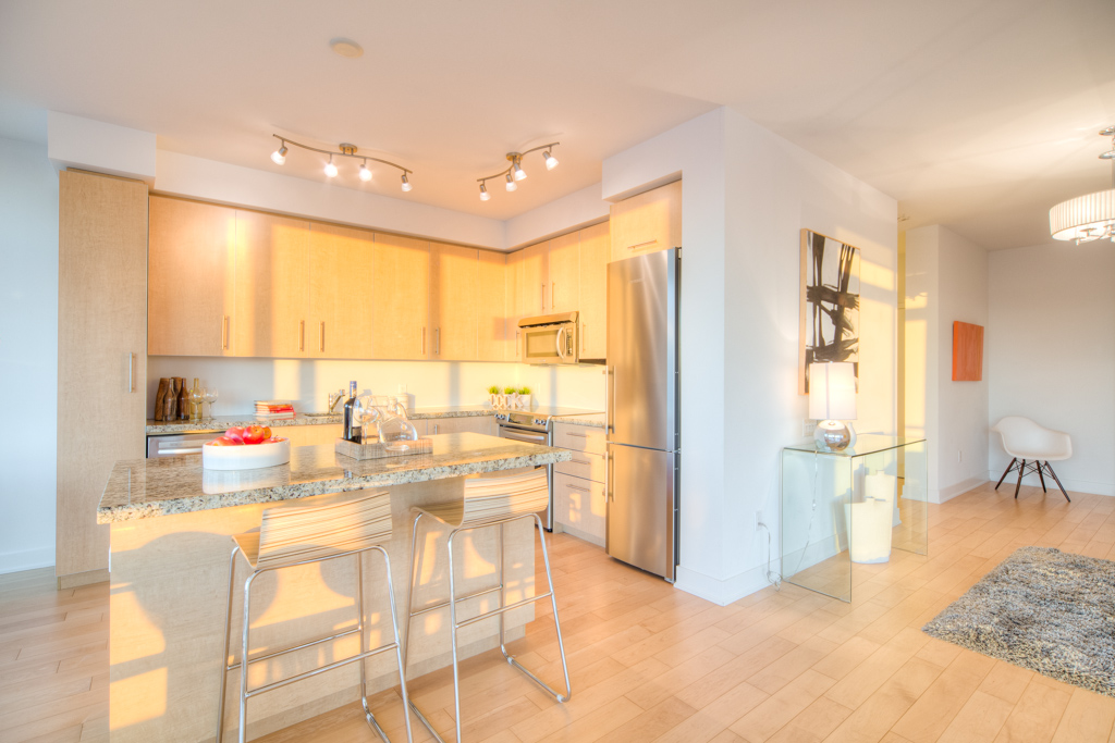 condo staging - kitchen