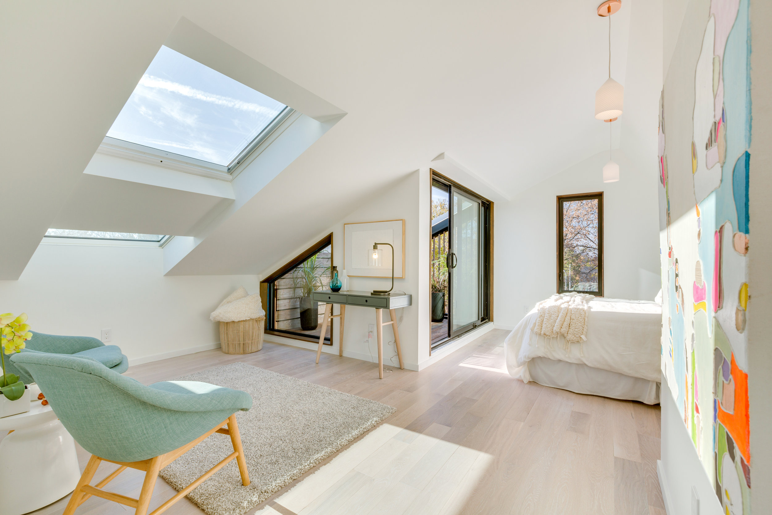 Loft Space - Toronto Home Staging