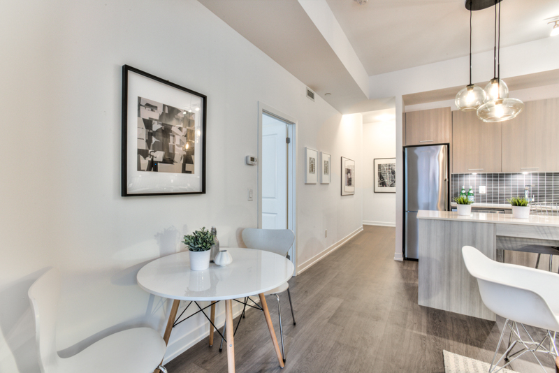 Casual Eating Nook - Condo Real Estate Staging