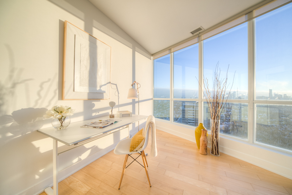 Office - Condo Real Estate Staging