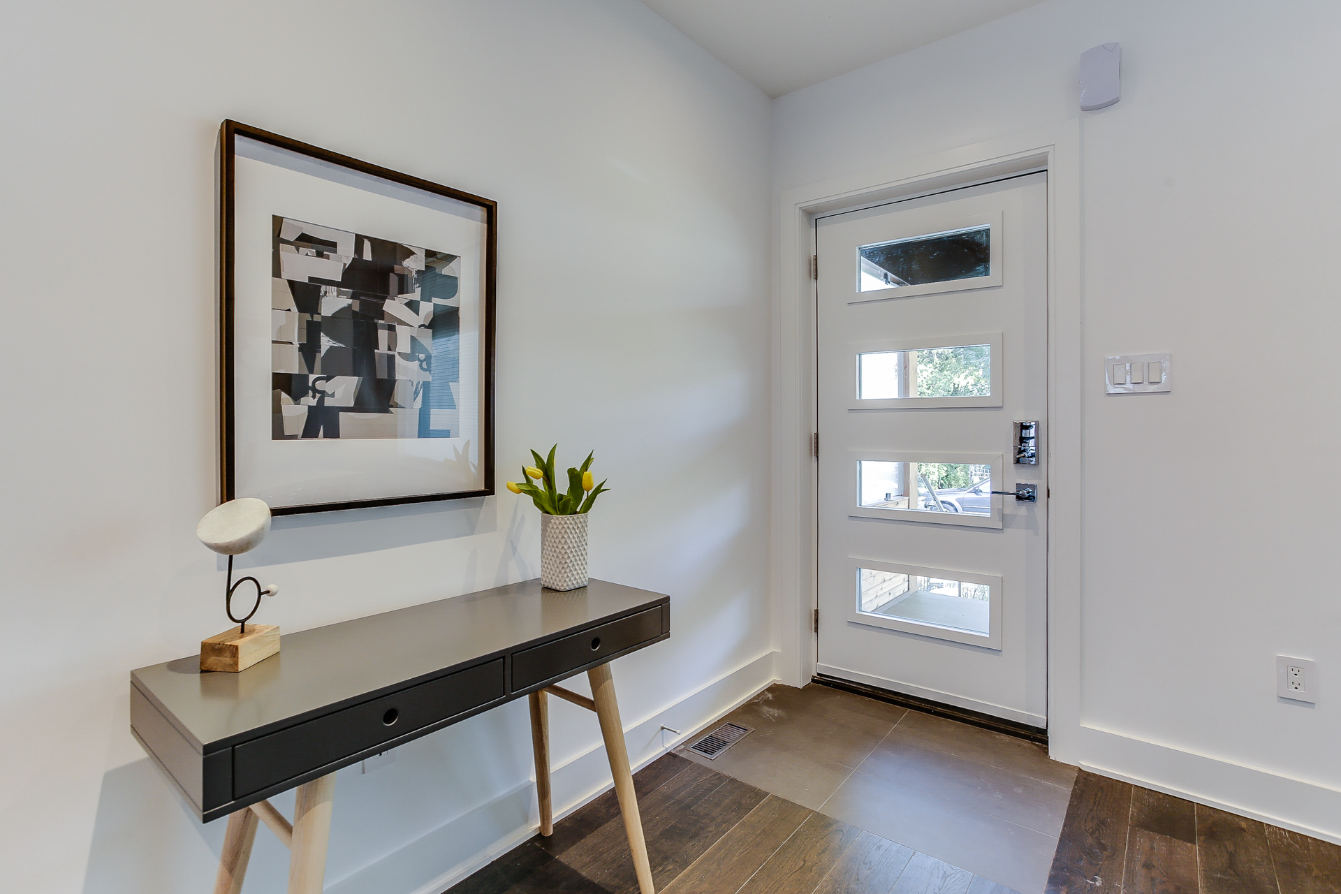 New Home Staging - Entrance