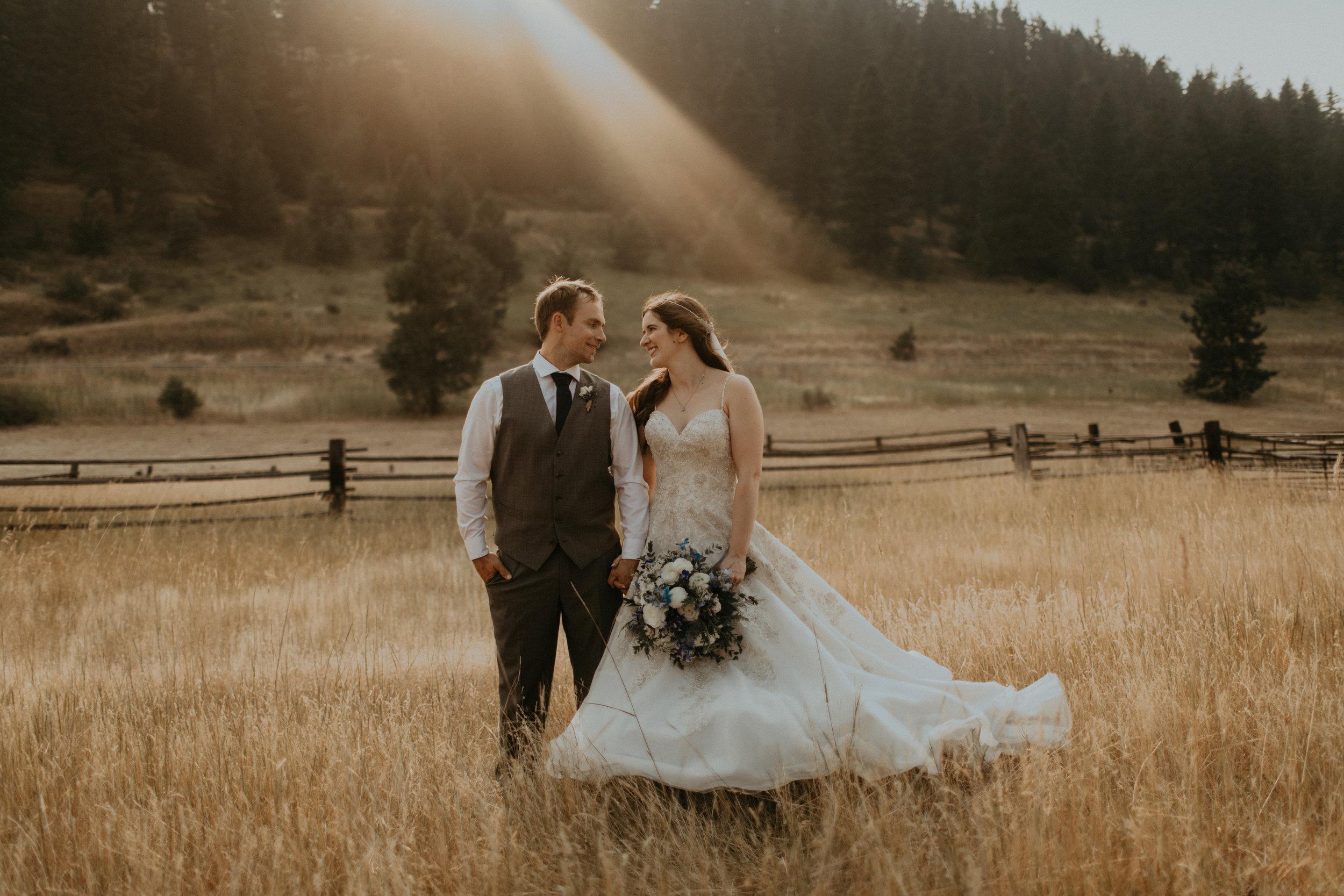 Ellie_Patrick_Cle_Elum_Wedding-1251.jpg