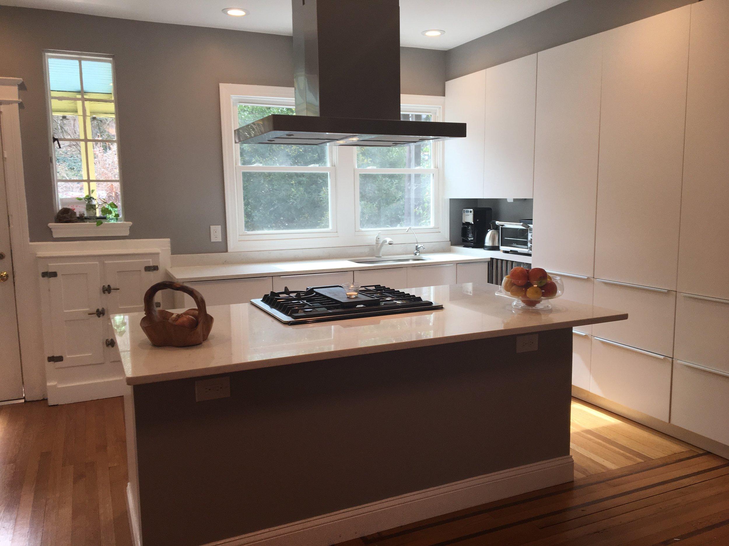 Kitchen - White2.jpg