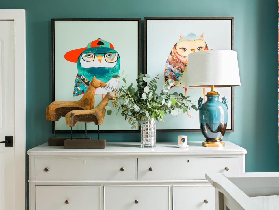 sh2016_nursery-dresser-close-up_h.jpg.rend.hgtvcom.966.725.jpeg
