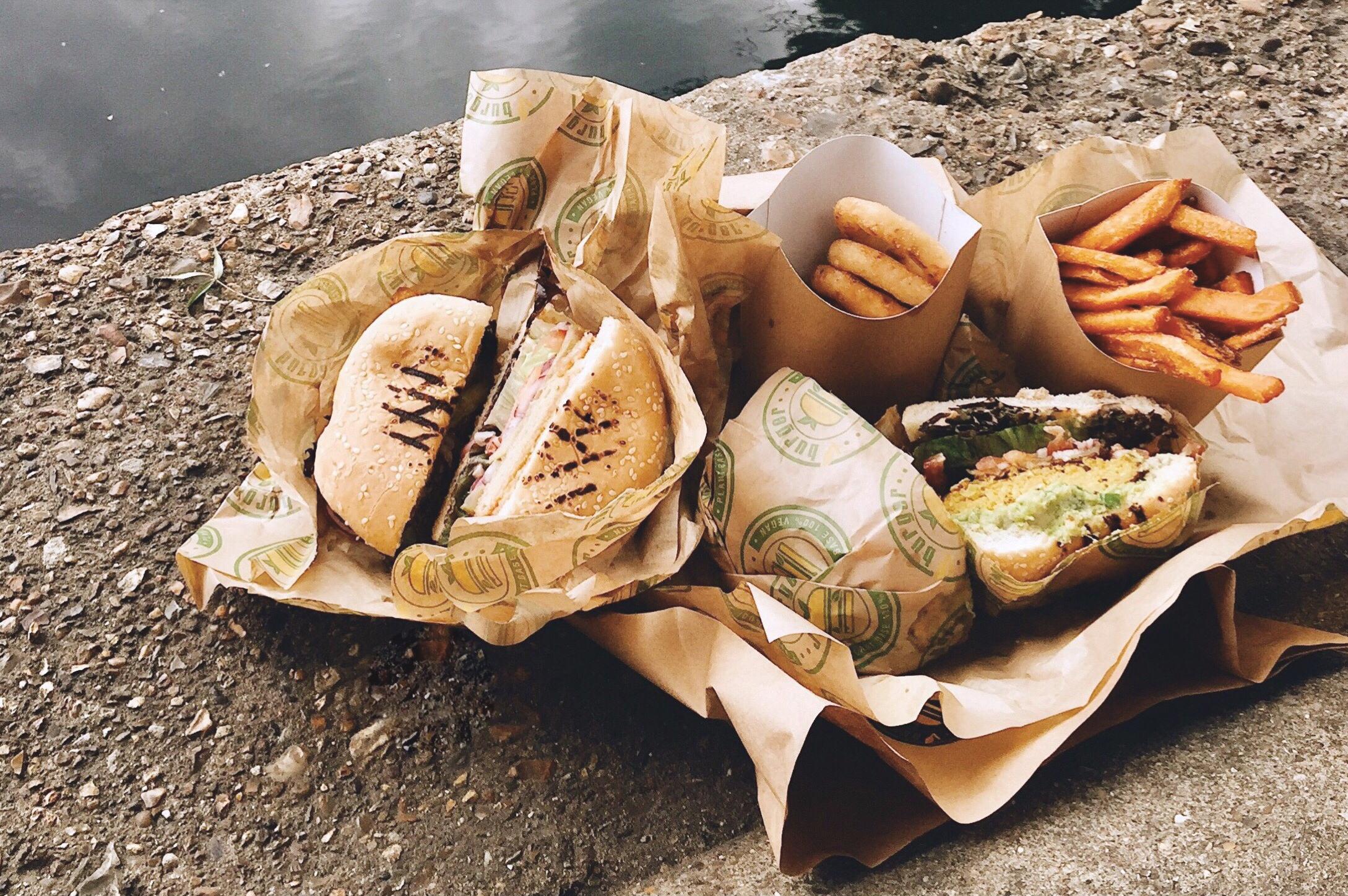 V Burger