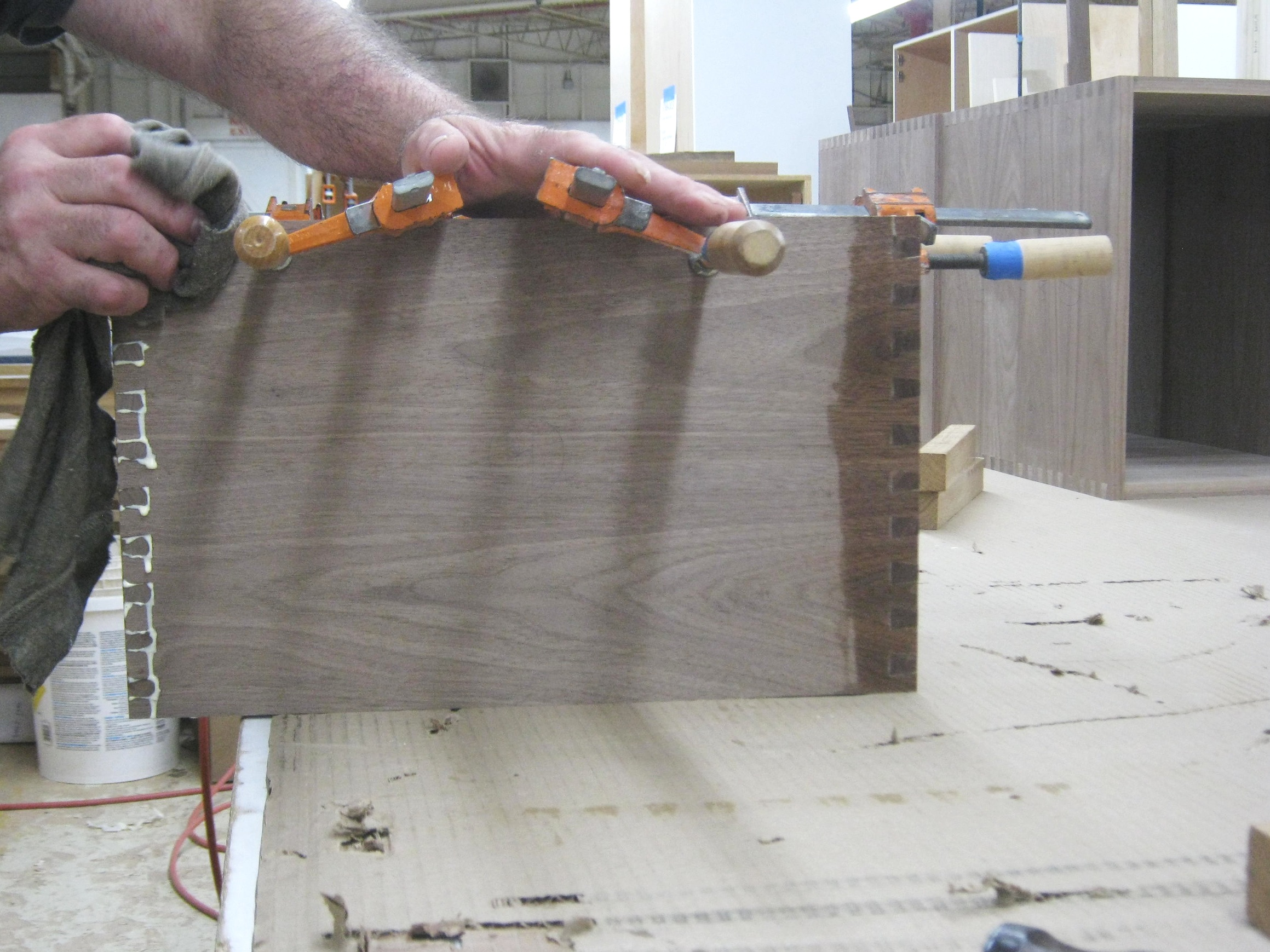 Walnut Dovetail (8).JPG