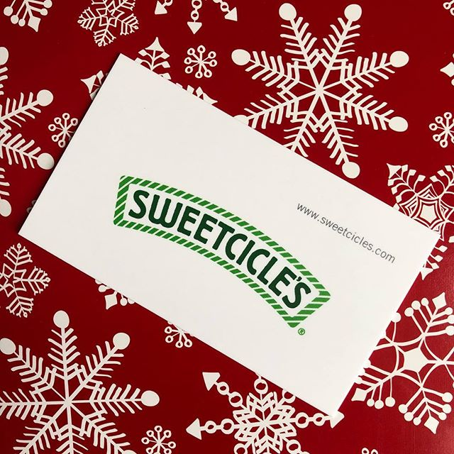 Our cute holiday boxes drop later this week @ www.sweetcicles.com 🎁 #withtherightamountofsweet #sweetcicles #candyisthebestgift