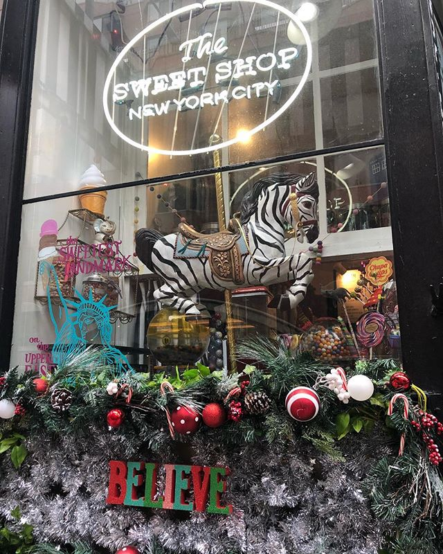 Back in stock @thesweetshopnyc our sweet little 2 ounce flavors- perfect for a stocking stuffer or a treat for yourself because....holiday.  #withtherightamountofsweet #sweetcicles #localbusiness #familybusiness #withtherightamountofsweet