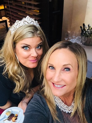 Bella and Mary at a VIP Dinner the night before SMMW19 kicked off. Why the crown? She is part of the Queenies. Follow her on Instagram to learn more about the Queenies.
