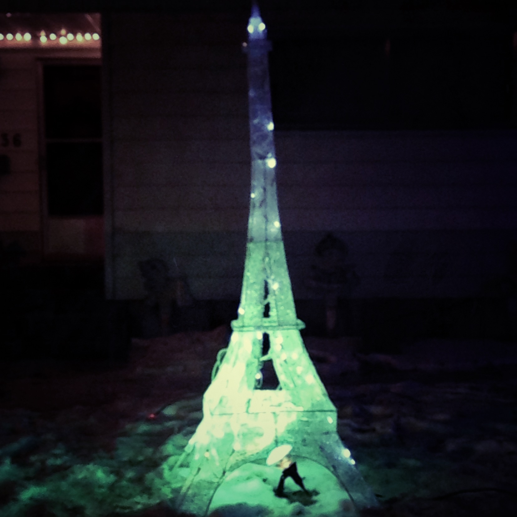 Mediocre effort IMO, but we do love paris around these parts.