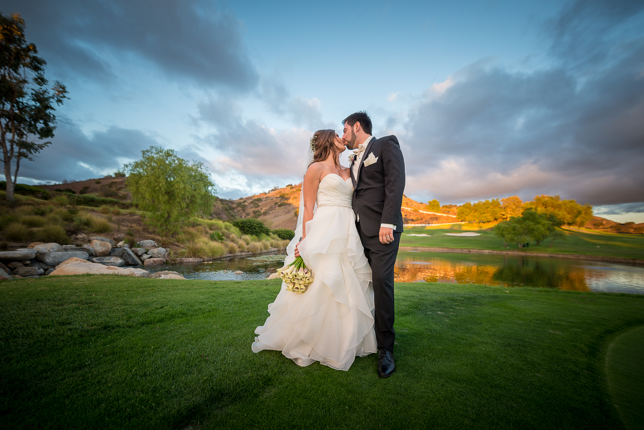 LEXI WEDDING FB-8351.jpg