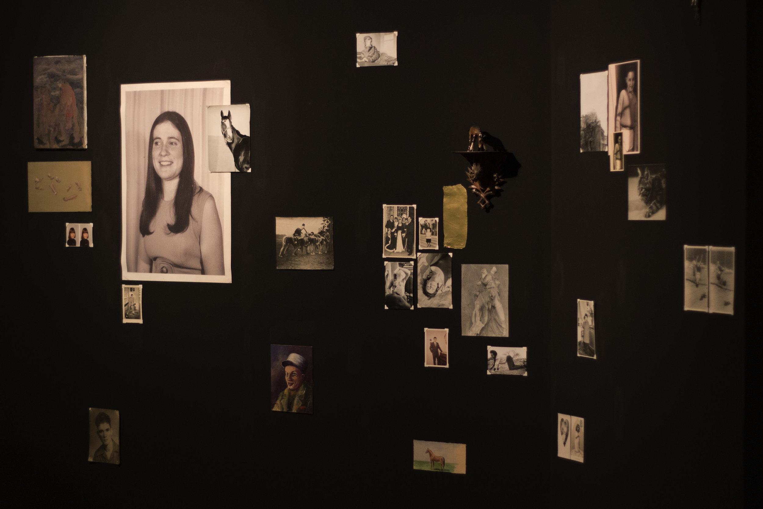 File 2132-97 Svetoslav S. Installation View, Alianza Francesa, Costa Rica. Images by Verónica Alfaro. 2017