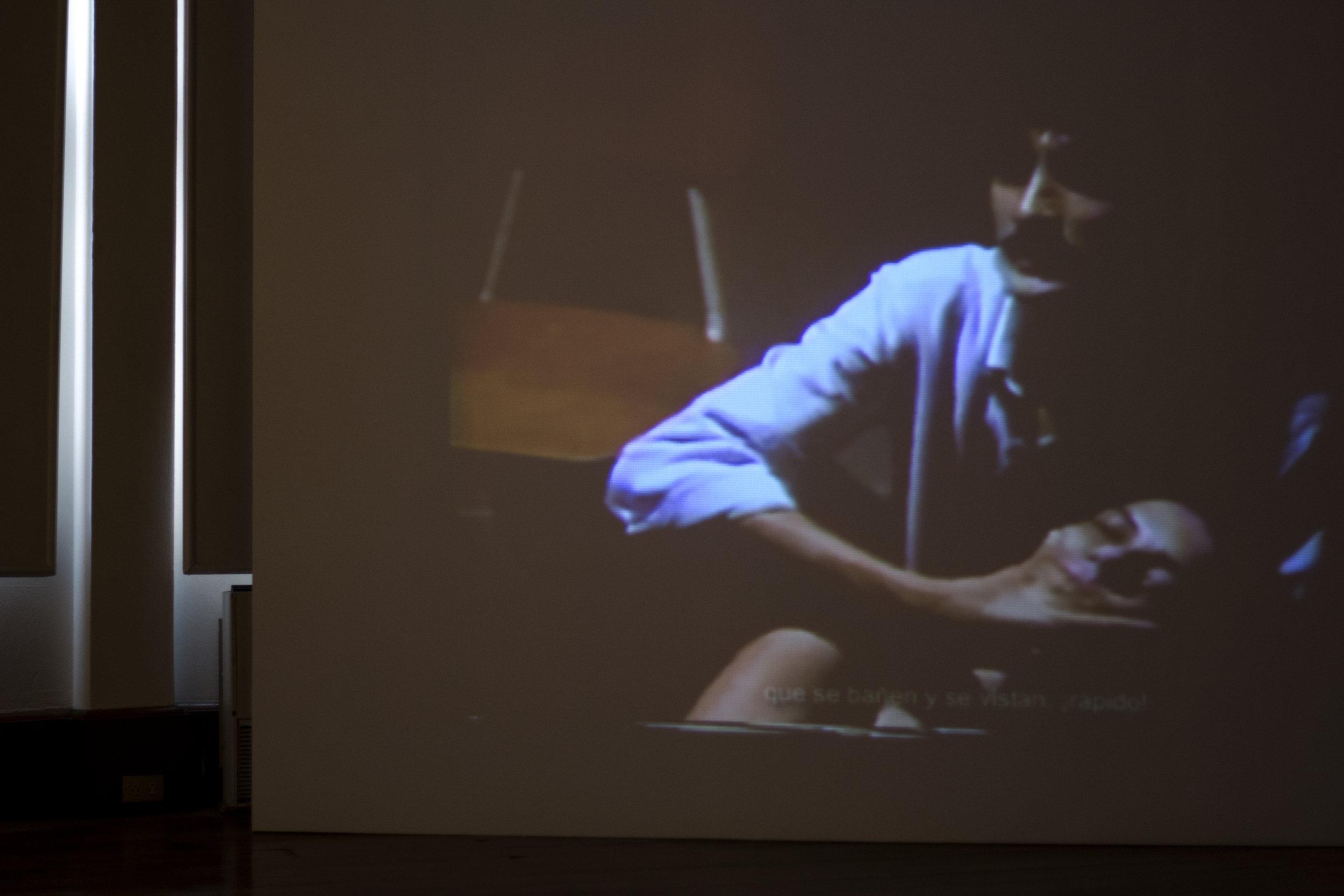 """""""La premonición"""", video loop. Miguel Regueyra. Installation View. Images by Verónica Alfaro. 2017"""