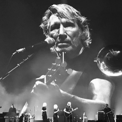If you were wondering why Mama's Cookies have been tasting even better lately it's because of my love for this man! I've been loving listening to him while baking!  I ❤️Roger Waters! #rogerwaters #pinkfloyd #happy
