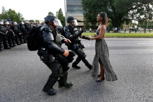 Jonathan Bachman / REUTERS