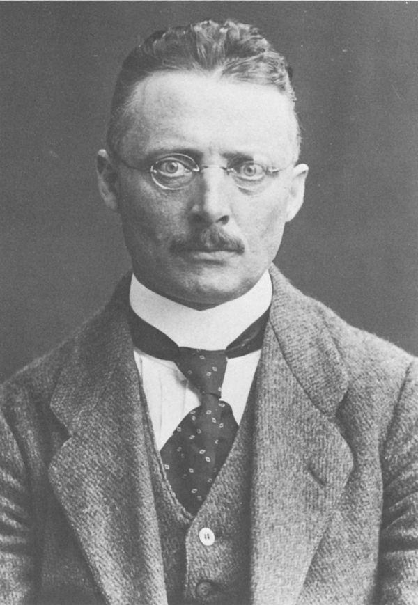 Ernst Fischer wants the commissars to read Kafka