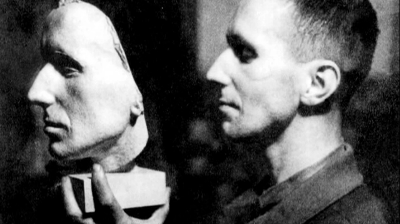 Brecht with mask