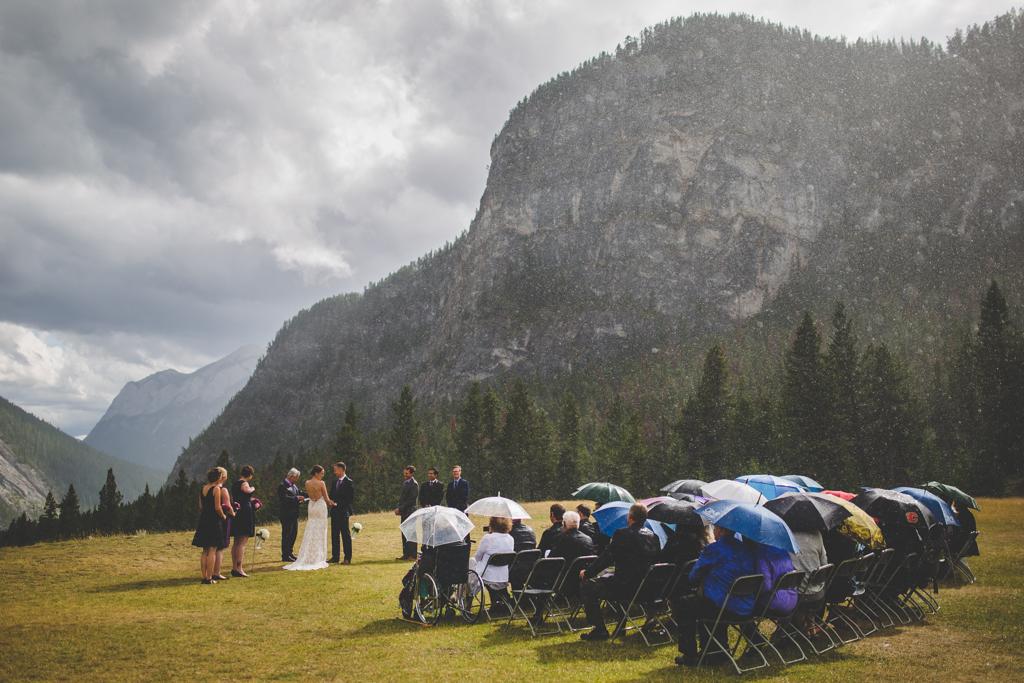 BanffWeddingPhotographer-41.jpg