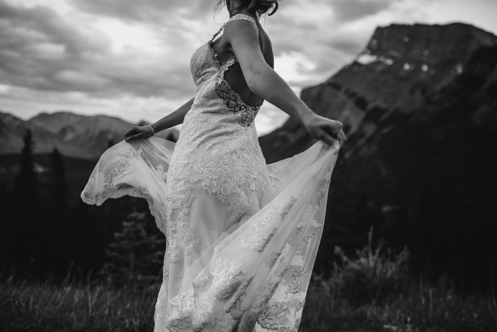 BanffWeddingPhotography-20.jpg