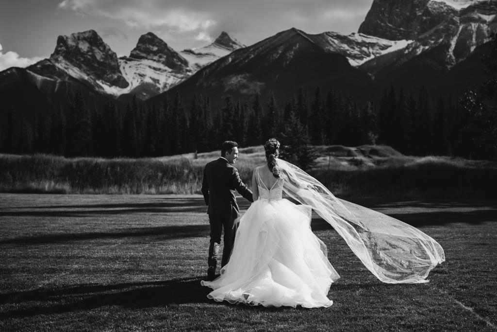 BanffWeddingPhotography-59.jpg