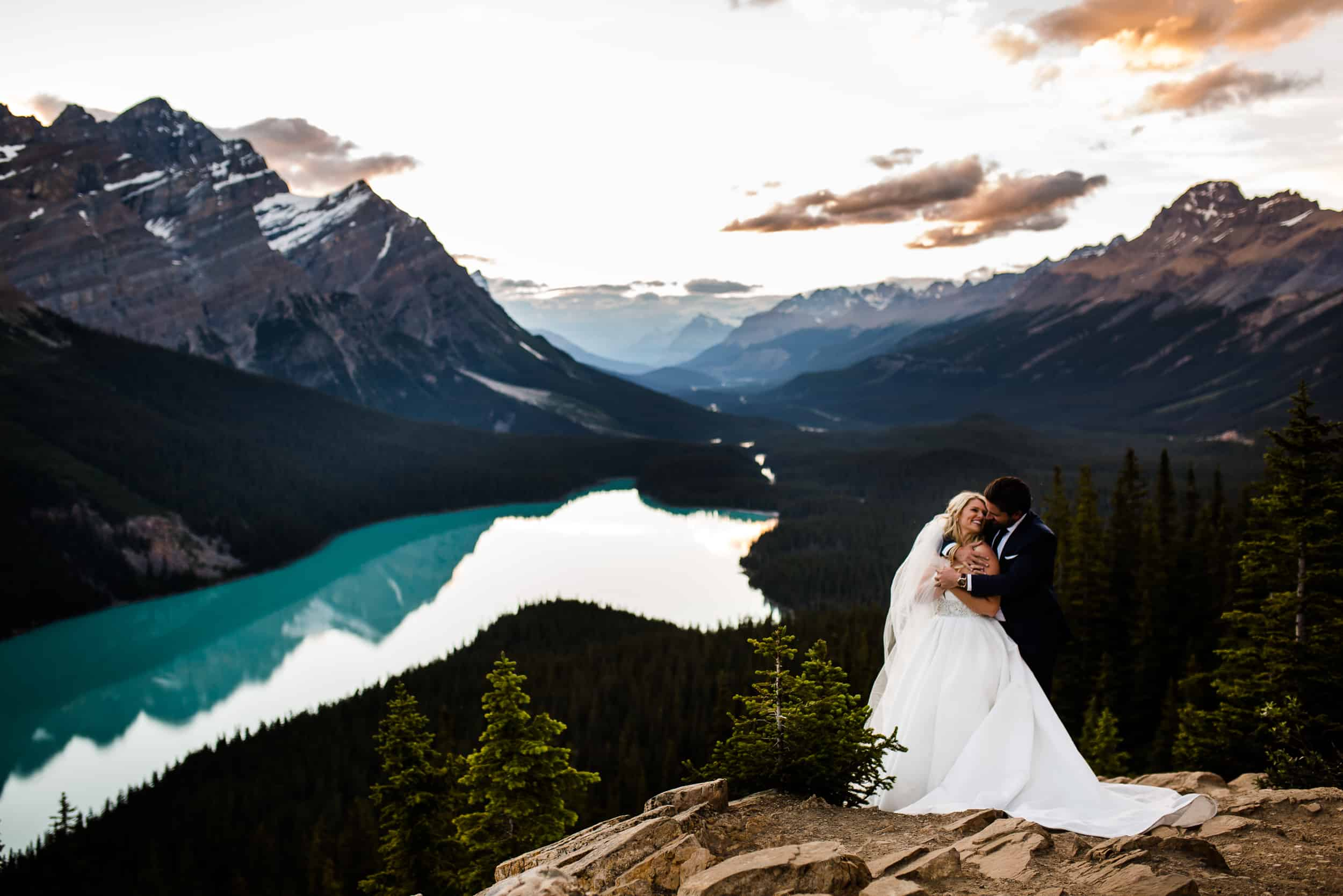 Peyto Lake Adventure Wedding Session