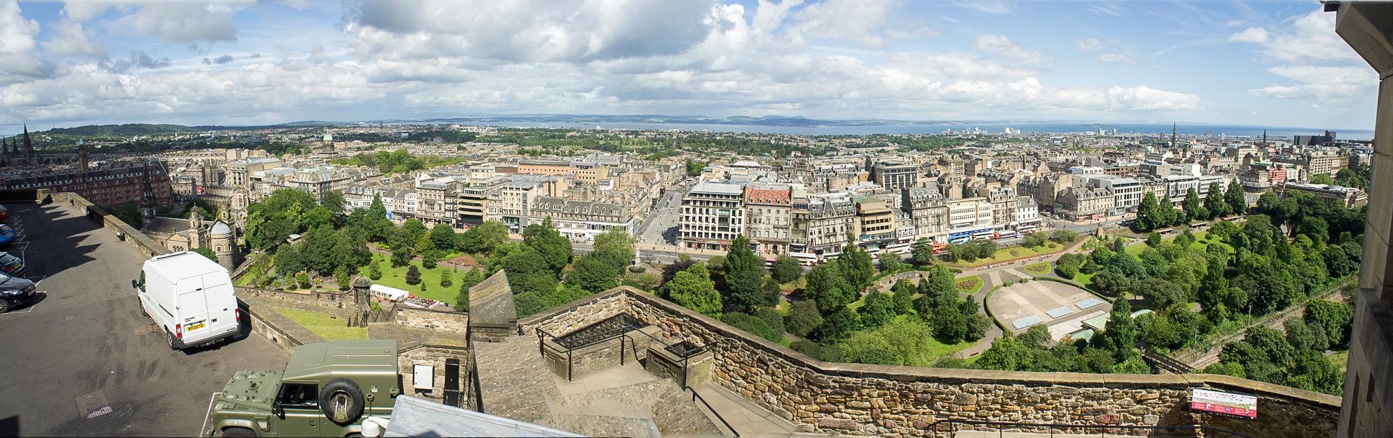 059Castle Edinburgh 5-2.jpg