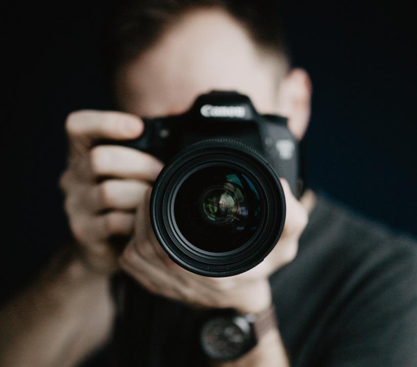 Portrait & Fashion Photographer