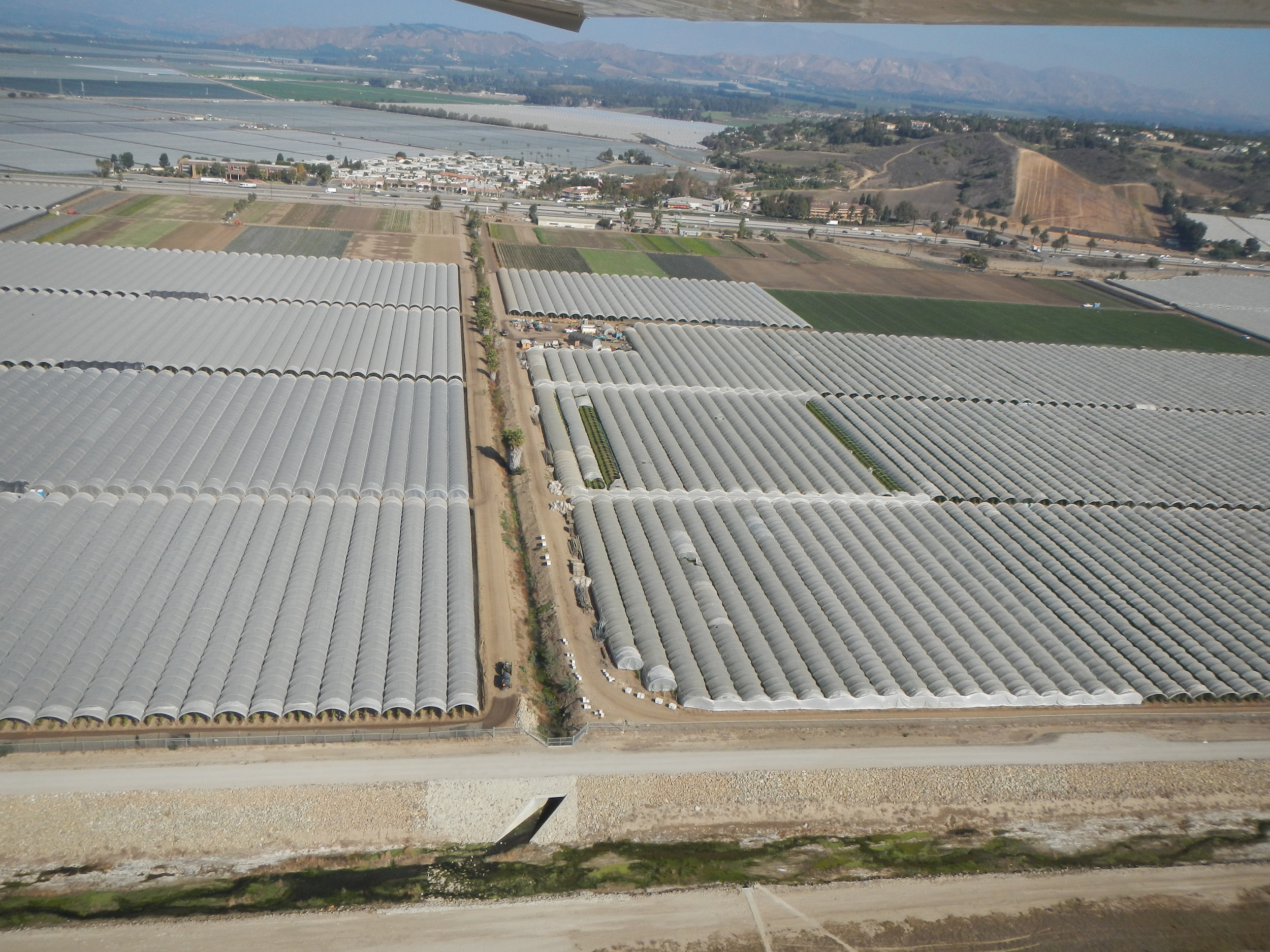 A portion of the many Agricultural Fields in the OXnard Plain discharge VOCs into the air Residents, school children, and visitors breathe. (courtesy of Lighthawk)