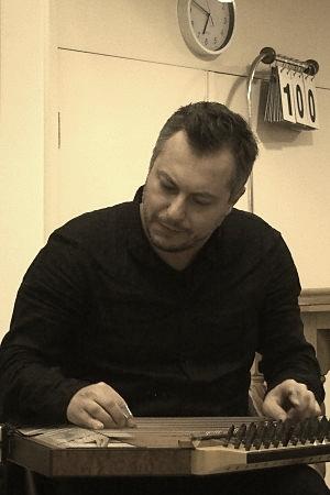 Cuneyt Cakmak middle eastern turkish musician, Turkish music Melbourne, Turkish band Melbourne.JPG