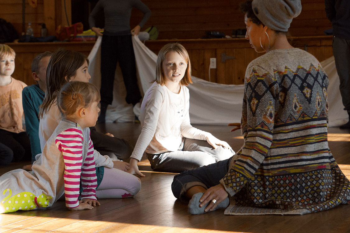 Stefanie battEn Bland leads a workshop with Chilmark School Children, Photo by Stacey Rupolo