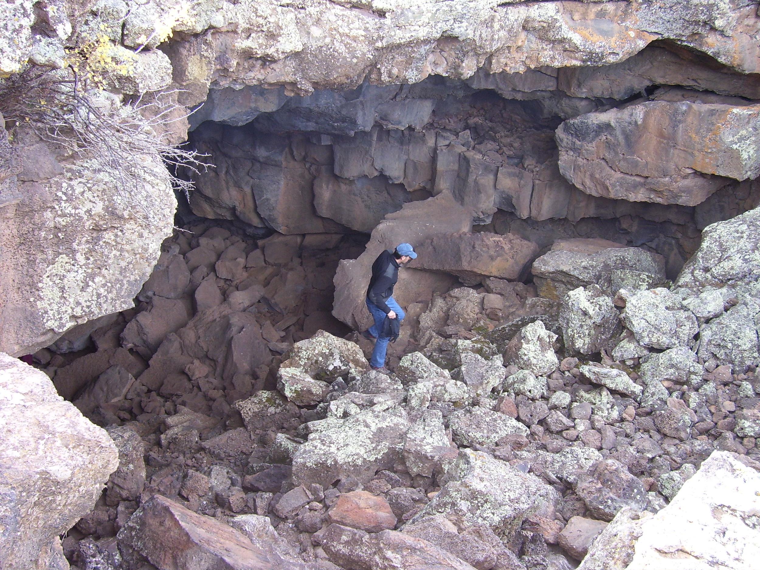 Lava tube, El Malpais
