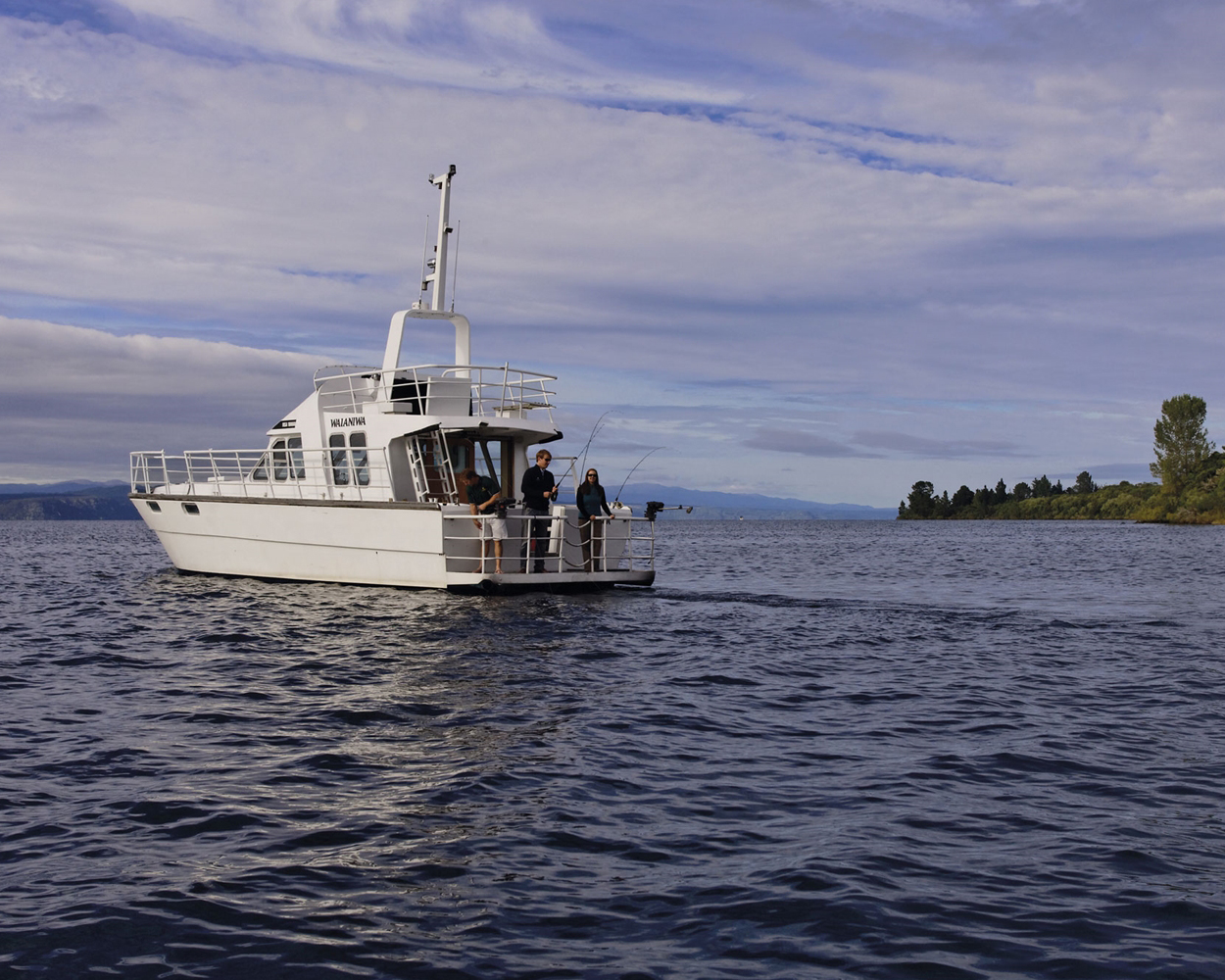 fishing on lake taupo - the kinloch club