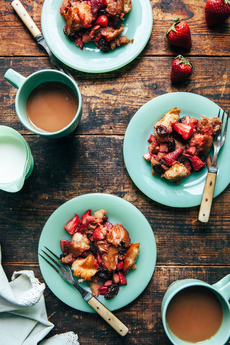 Raisin Bread Pudding With Strawberries, Rhubarb And Maple Syrup | kellyneil.com - This raisin bread pudding recipe is a great base for whatever fruit is in season. Though delicious with strawberries and rhubarb feel free to substitute cherries, peaches, or any other berries or stone fruit you like. Apples and cranberries are wonderful options for the colder months! #breadpudding #breadpuddingeasy #strawberryrhubarb #dessertrecipes #dessertseasy #foodphotography
