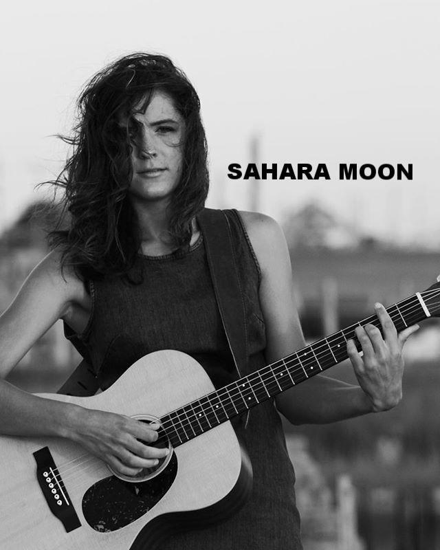 sahara moon.jpg