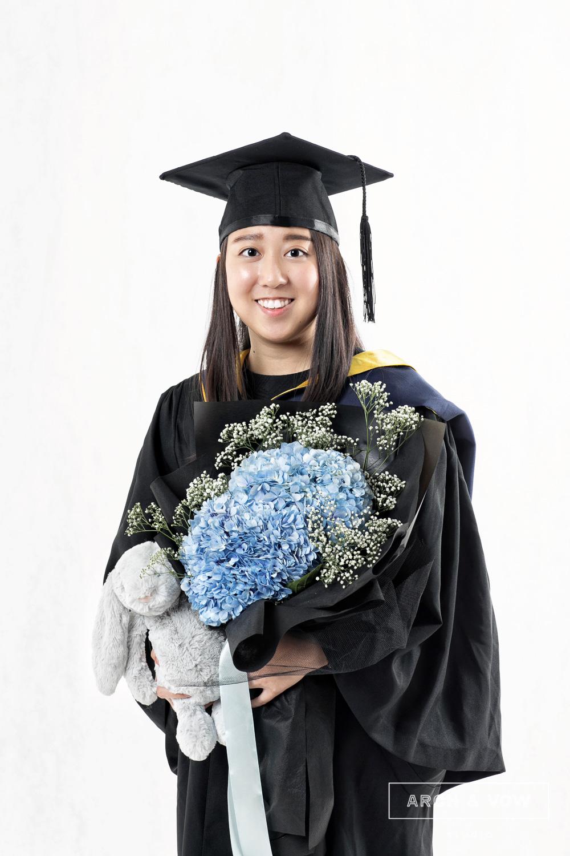 Graduation Portrait-01.jpg
