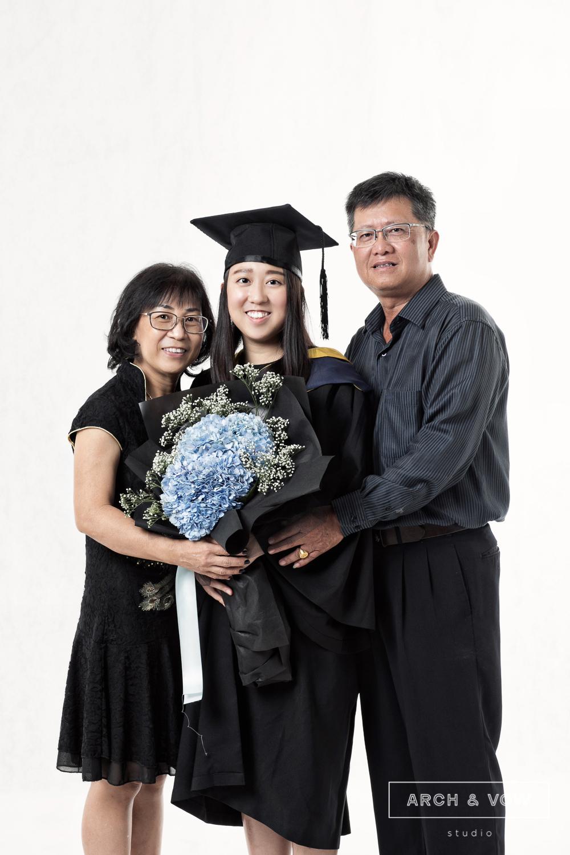 Graduation Portrait-15.jpg