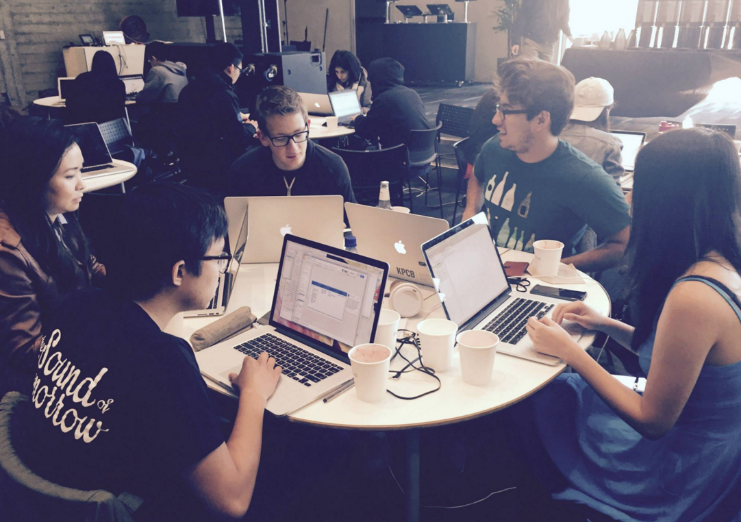 Working with a team of KPCB Fellows at the Twitter Chimehack over summer 2015.