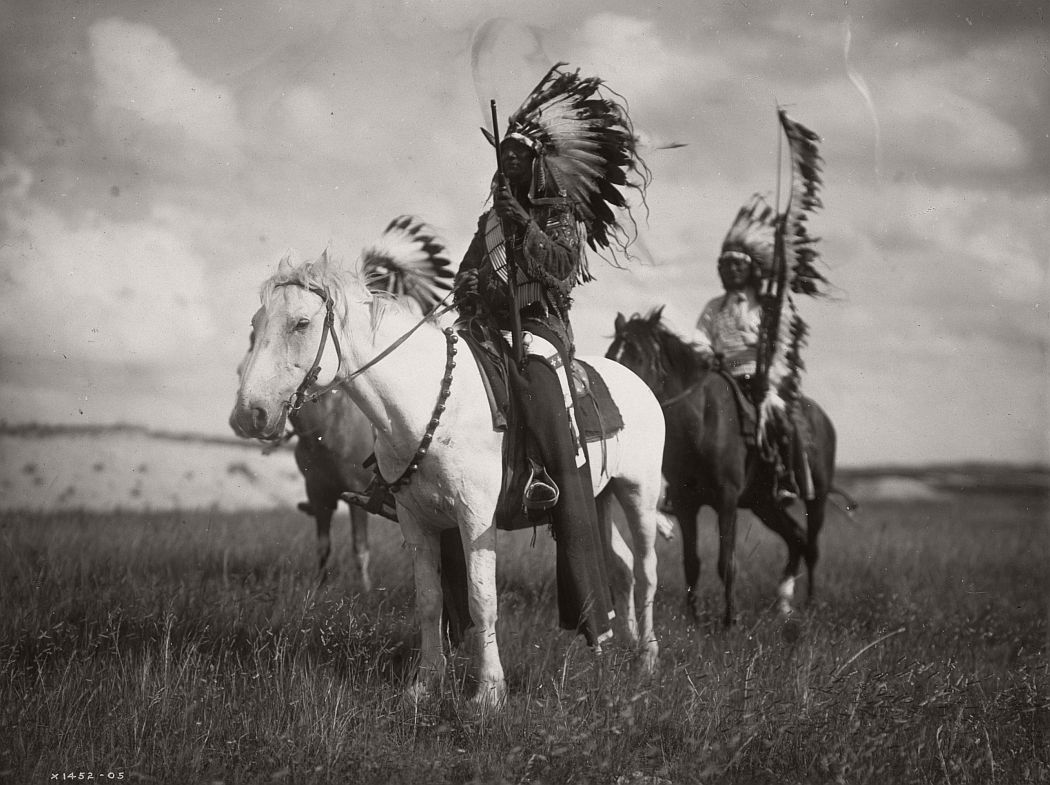 Sioux chiefs , 1905.    ©EDWARD S. CURTIS/LIBRARY OF CONGRESS