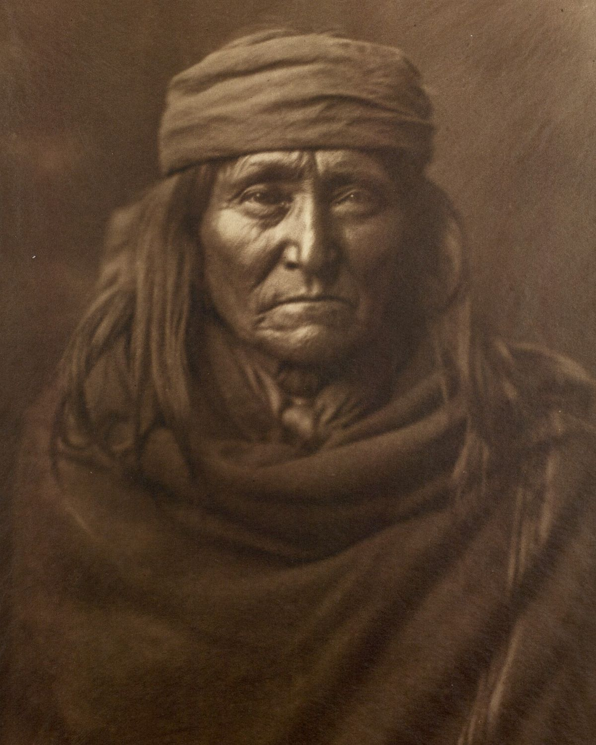 Eskadi, of the Apache tribe,  1903 .   ©EDWARD S. CURTIS/LIBRARY OF CONGRESS